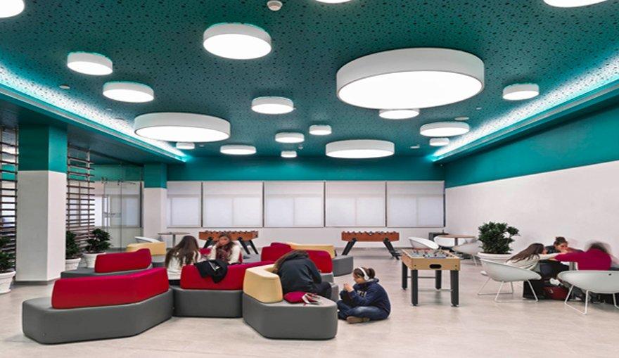 Verlichting aula